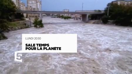 sale-temps-pour-la-planete-languedoc-battu-par-les-flots-25-07-16_reference